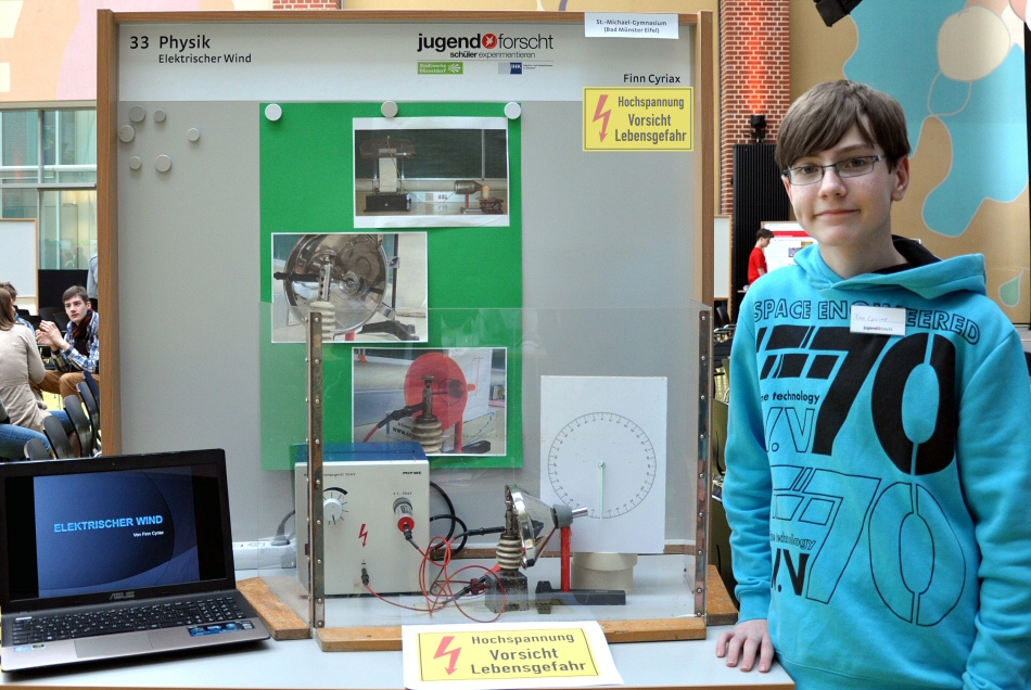 Finn Cyriax used high voltage to produce wind at the regional contest in Düsseldorf