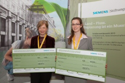 Veronika Stein, Marion Kreins - Student Competition of the Siemens Foundation