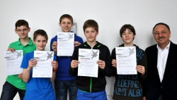 "Group Photo St. Michael-Gymnasium - State Contest ""Schüler experimentieren"""